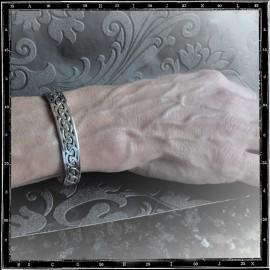 Plain Celtic knots bracelet
