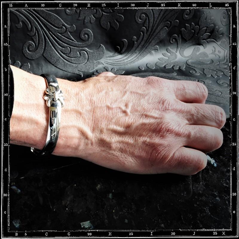 Classic Tudor bracelet