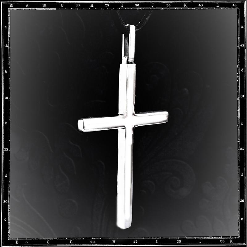 Cross pendant (Ozzy)