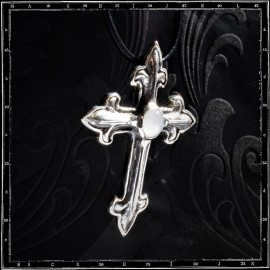 Gothic cross pendant setting
