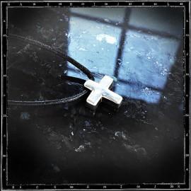 Cross pendant (small, chunky)