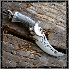 Blade runner sword pendant