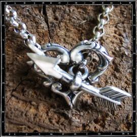 Tudor heart & arrow necklace