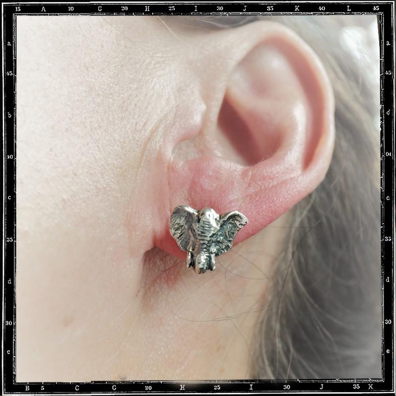 Elephant stud earring