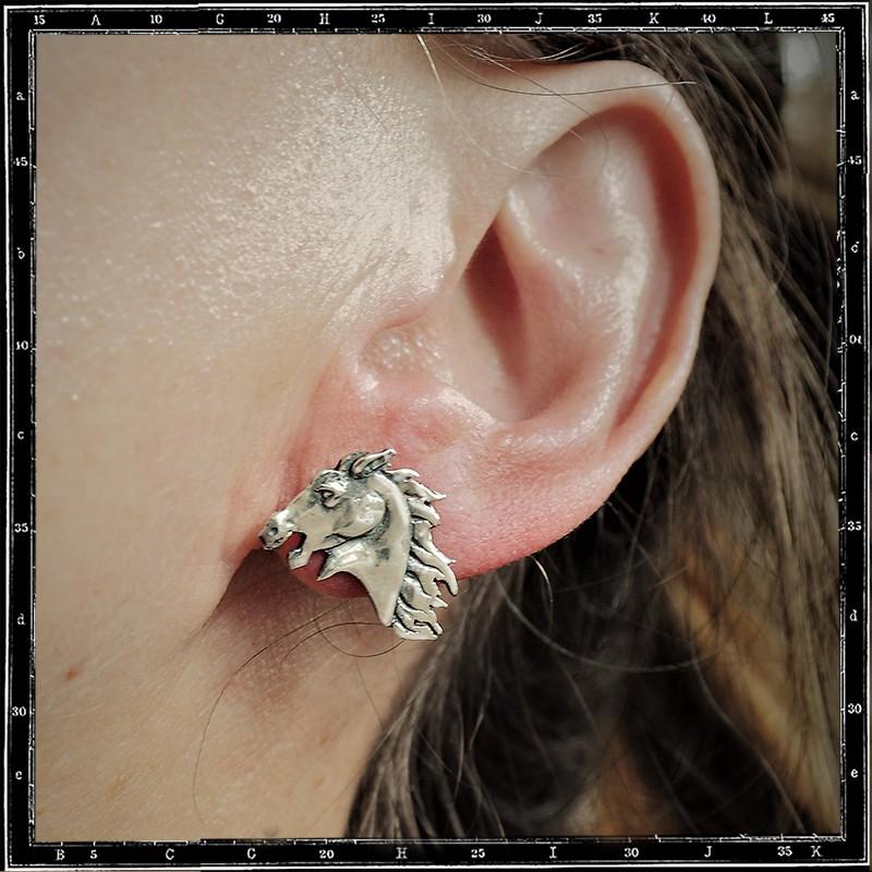 Horse head stud earring (Pair)