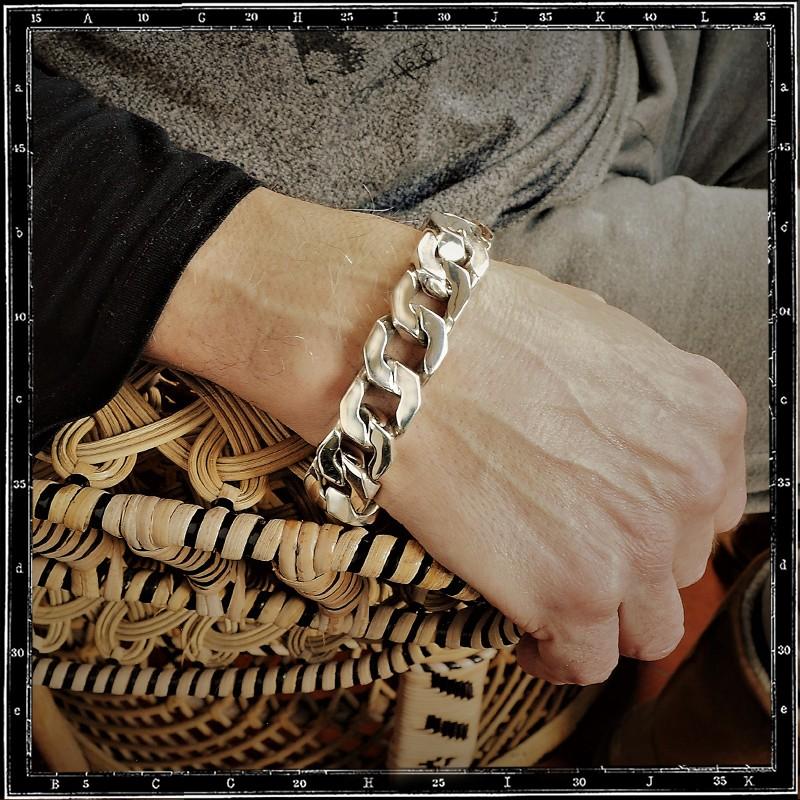 Heavy pierre link bracelet