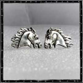 Horse head stud earring