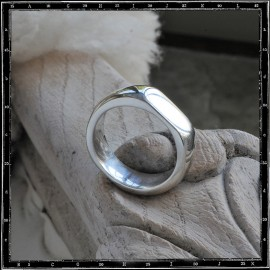 FLAT SIDED PLAIN BAND RING