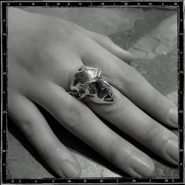 Nosferatu vampire ring