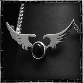 Wings & stone pendant with chain