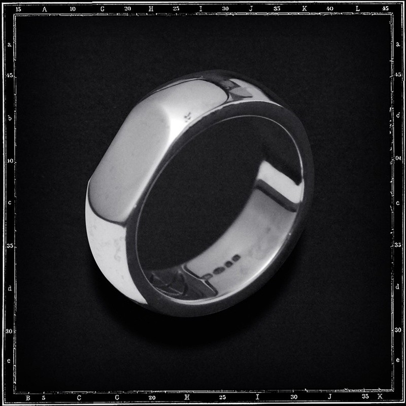 FLAT SIDED PLAIN BAND RING