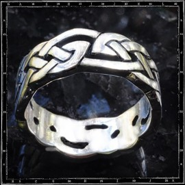 CELTIC BAND ring