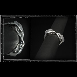 Twin eagles ring