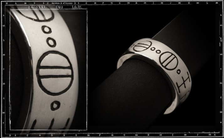 Roswell script ring