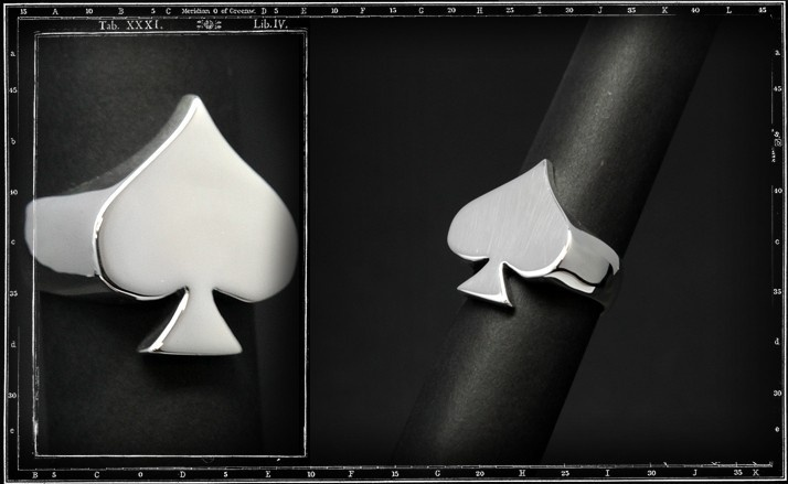 Ace of spades ring (plain)