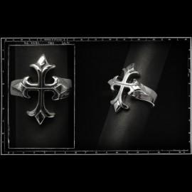 Small tudor cross ring
