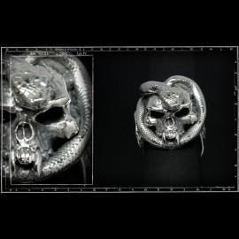 Skull & snake ring