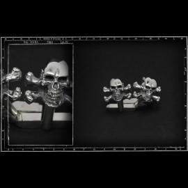 Skull and crossbones 3D cufflinks