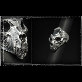 Stone age skull ring